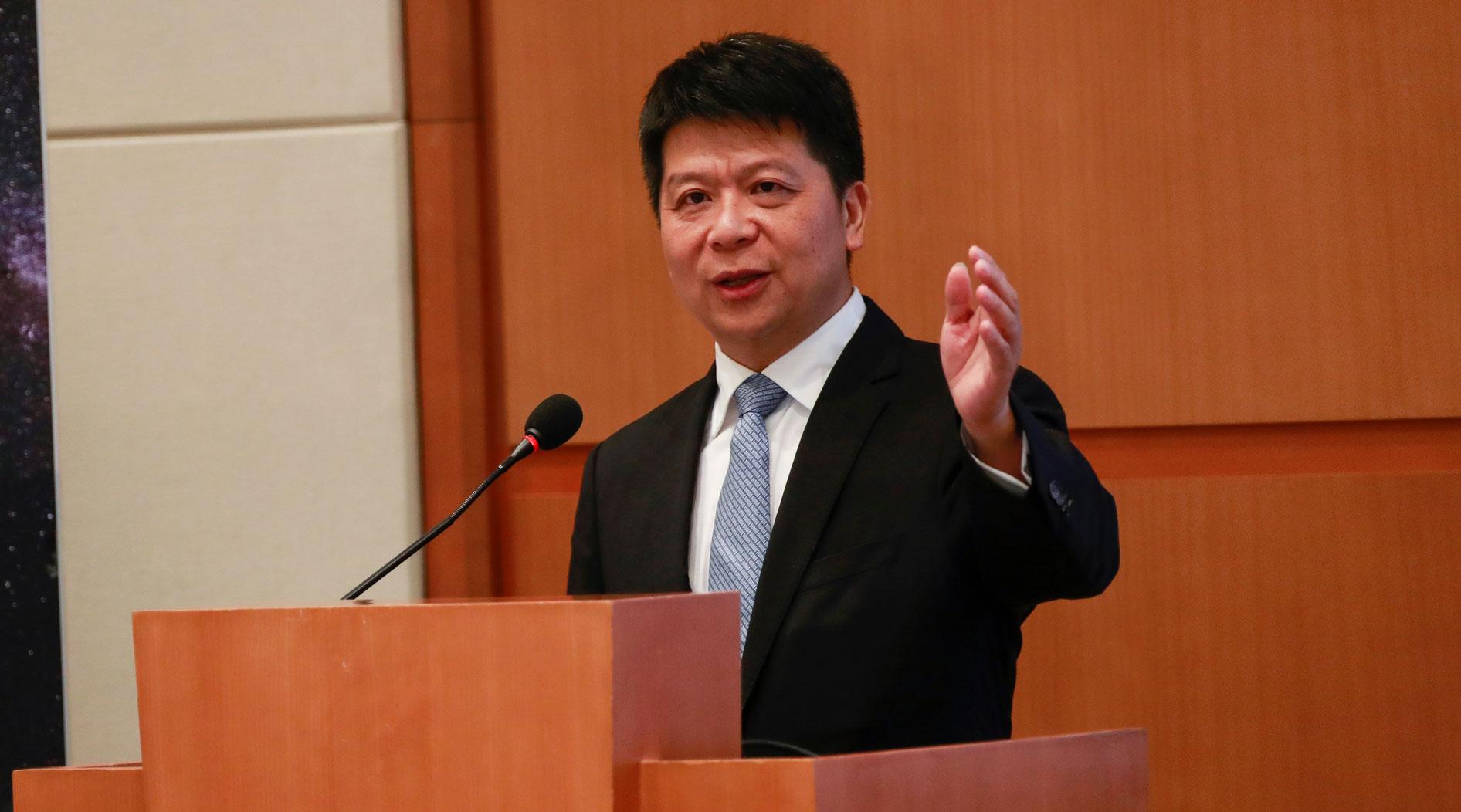 Huawei, ricavi oltre i 100 miliardi nel 2018