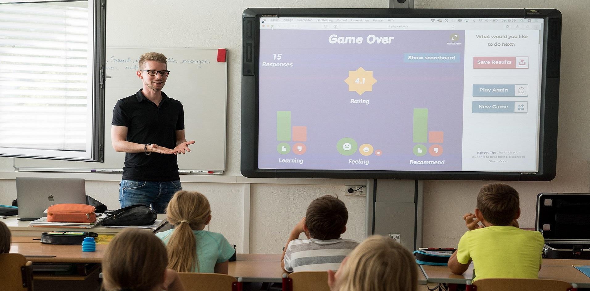 Agcom: scuola digitale, tre problemi